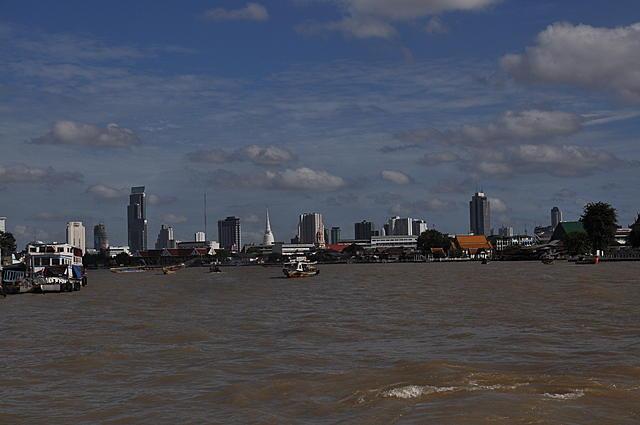 曼谷,鄭王廟和考山路